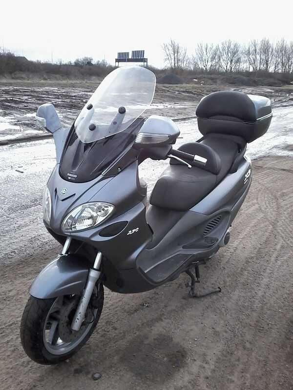 piaggio x9 250 evolution honda engine in heathrow london gumtree. Black Bedroom Furniture Sets. Home Design Ideas