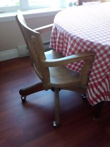 Old-time Solid Oak Desk Chair