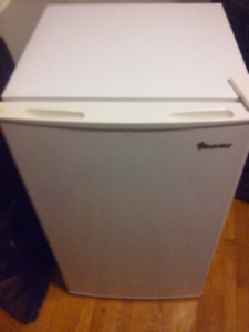 Downsizing! 1 mini fridge and 2 portable/floor air conditioners