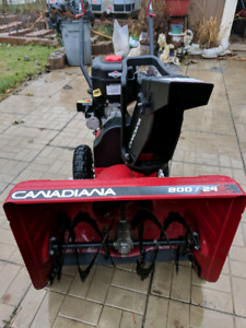 BLACK AND RED CRAFTSMAN SNOWBLOWER MINT CONDITION