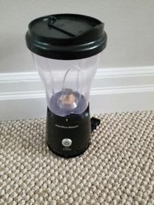 Portable blender smoothie maker