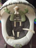 Graco soothe and swaddle chair