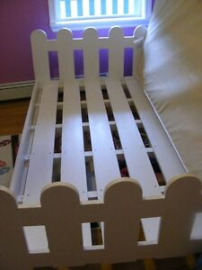 Picket Fence Bed and Twin Mattress