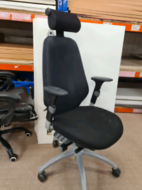 RH Logic 400 ergonomic office Chair with headrest