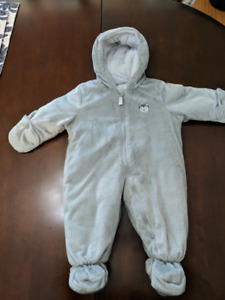 Baby bunting suit NWOT
