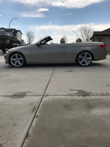 2009 BMW 335i Convertible LOW KMS