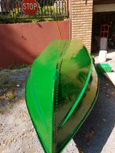 12' Aluminum boat all redone and oars refinished No trailer or m