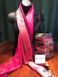 NEUFS- Sacs a main, foulards, écharpes, 100% Pashmina ou soie.