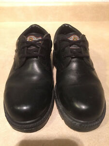 Women's John Deere Waterproof Leather Shoes Size 5.5 London Ontario image 4