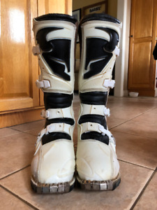 Thor Dirt Bike Boots- Size 10- White