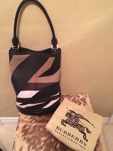 Authentic BURBERRY Prorsum Handbag & Wristlet