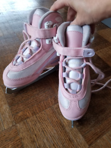 Kids ice skates, size 11
