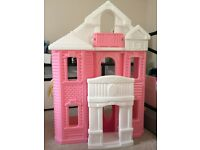 Step 2 grand balcony barbie doll sized house
