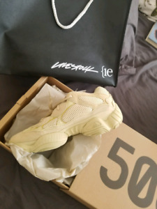 Yeezy 500 supermoon yellow size 12