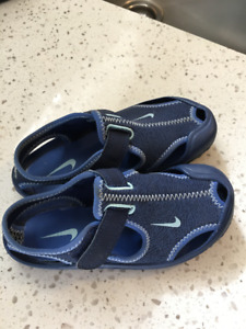 Blue Nike water shoes/sandals, toddler size 11