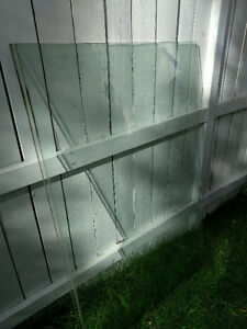 2 Tempered Glass Panels