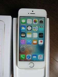 Next to Brand New iPhone SE with warranty- Rogers network
