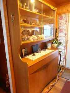 CHINA CABINET   LARGE MIRROR IN BACK