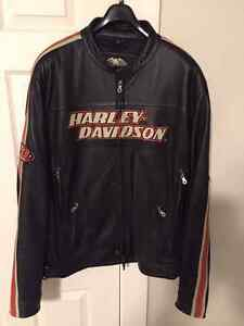 Authentic Harley Davidson Leather Jacket - Men's XL