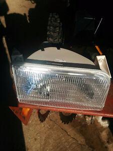 Set of new headlights 92-97 F150/F250/F350/F450