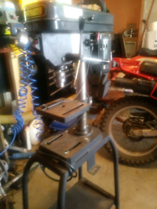 Drill press. Like new. Variable speeds. $125 obo