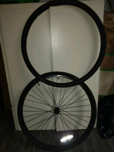 Looking for rear hybrid bike rim or whole wheel