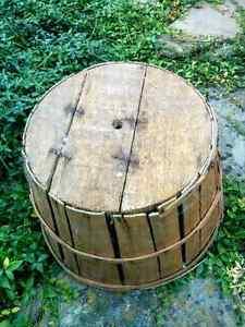 Vintage Apple Harvest Bushel Basket Country Ktchen Home Decor Kitchener / Waterloo Kitchener Area image 4