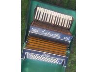 Estrella accordion italia with case