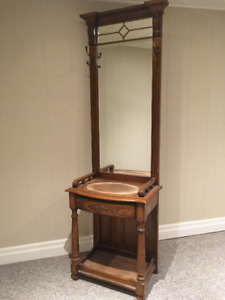 Antique Wash Basin Table/Vanity with Mirror