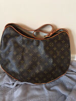 Authentic Discontinued Louis Vuitton Croissant in GM - Used