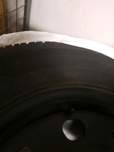 Goodyear Winter tires and rims used set of 4 w/TPM