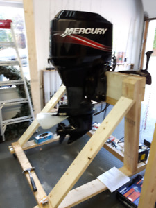 Support à Moteur hors-bord – Outboard stand