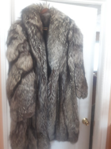 Tailor Made Silver fox Coat Womens