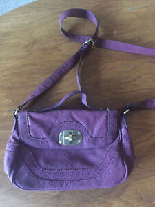 $20 female handbags combo (3 total) great condition !