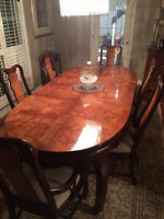 UPSCALE DINING ROOM SET