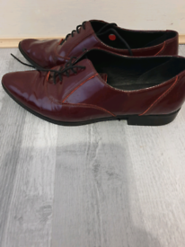 Leather shoes size 5