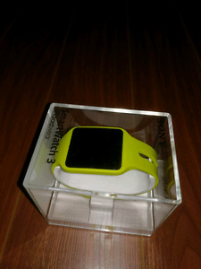 Sony Smartwatch 3 + additional band(black): Awesome Condition