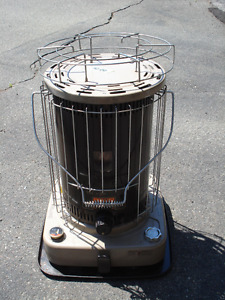 KEROSENE SPACE HEATER -TOUCH AND GLOW- 20 000 BTU