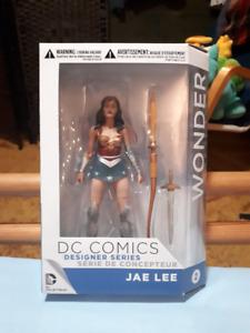 Wonder Woman DC Comics Designer Series Jae Lee Figure