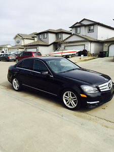 2012 Mercedes-Benz C-Class C250 4MATIC Sedan