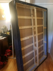 DOUBLE BED BOX SPRING FREE
