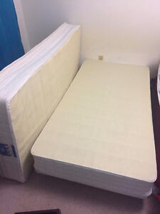 Single bed Frame and boxspring