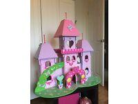 Dolls House/Princess Castle