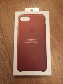 Genuine Apple iPhone 7 Leather Case (BRAND NEW)