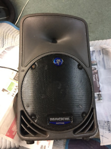 "Mackie SRM350 - 10"" Portable Powered Loudspeaker"