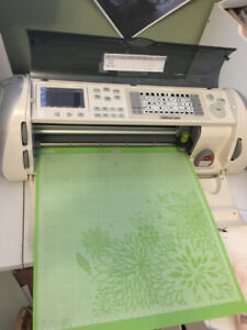 Provo Craft CRICUT EXPRESSION for sale.