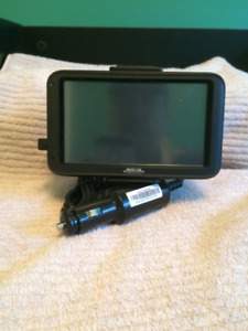 Magellan GPS model X13-12056 Dashboard GPS