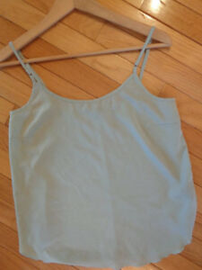 LeChateau Mint Colored Top - Size Small