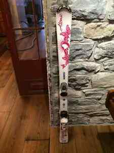 Atomic Girl's Skis 120cm