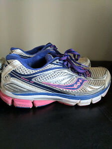 Size 8 women's Saucony running shoes Kitchener / Waterloo Kitchener Area image 6